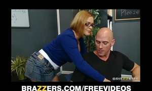 Horny school librarian receives slammed on her desk by big-dick